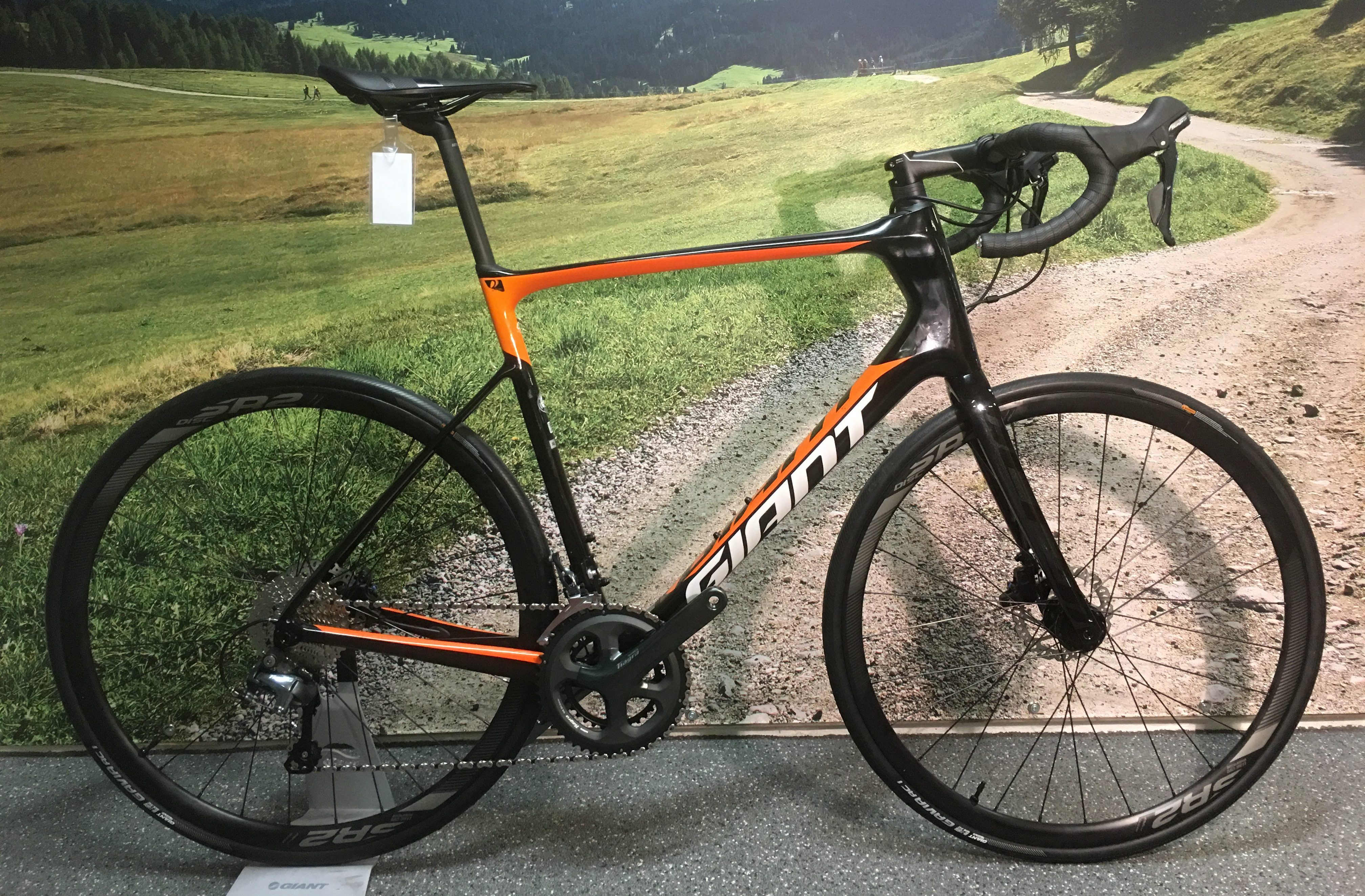 Demo Giant Defy Advanced 3 XL 2019