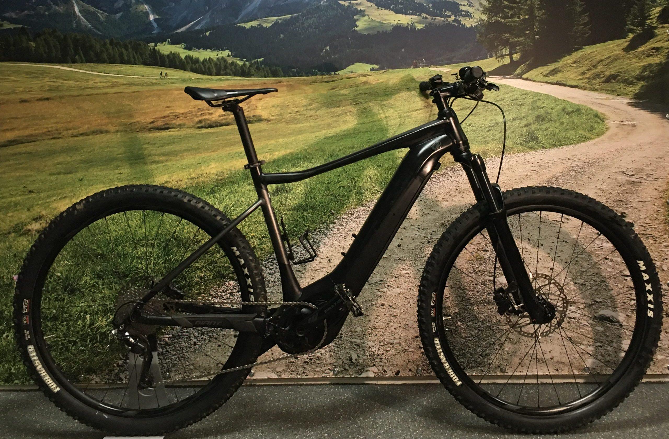 Vogue Solution E-bike Voorwielmotor Nexus 7 Zwart (Rental
