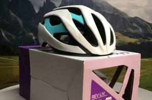 LIV REV Dames fietshelm maat L (Verkocht)