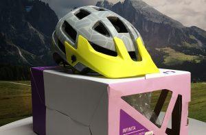 LIV Infinita Dames MTB helm maat M (Verkocht)